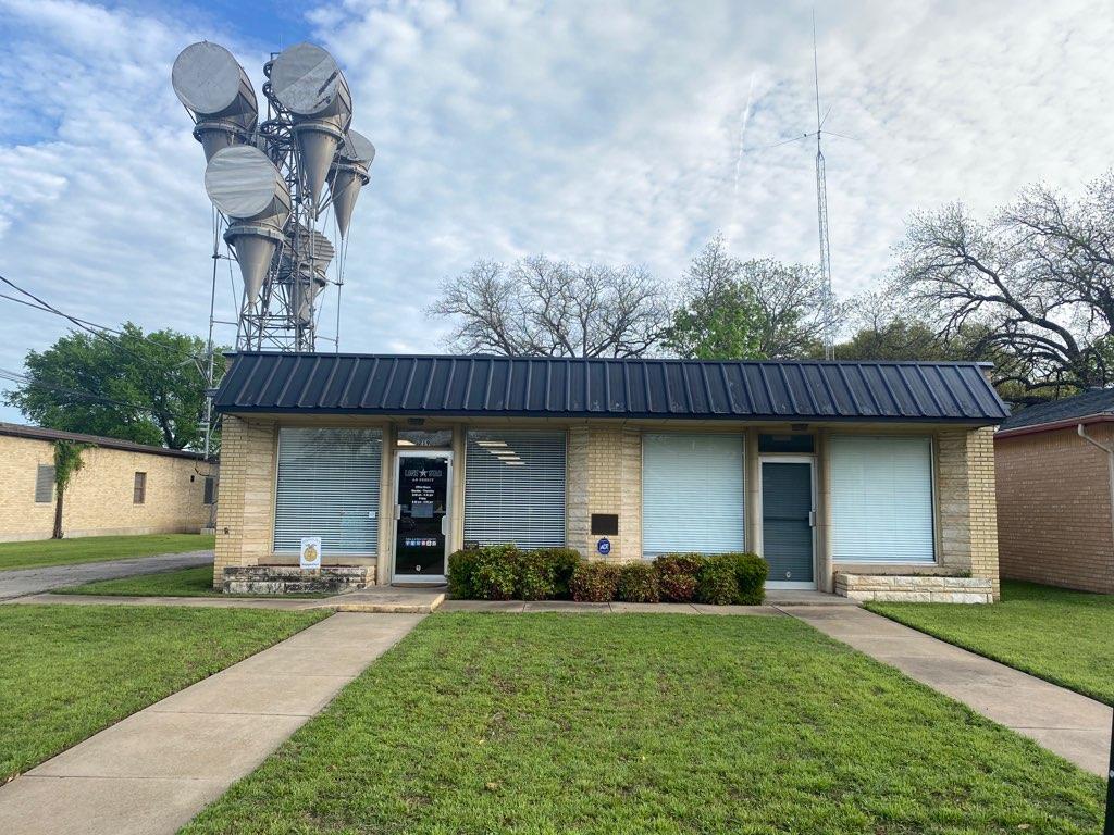 Lone Star Ag Credit office in Hillsboro, Texas, providing loans for farm improvements.