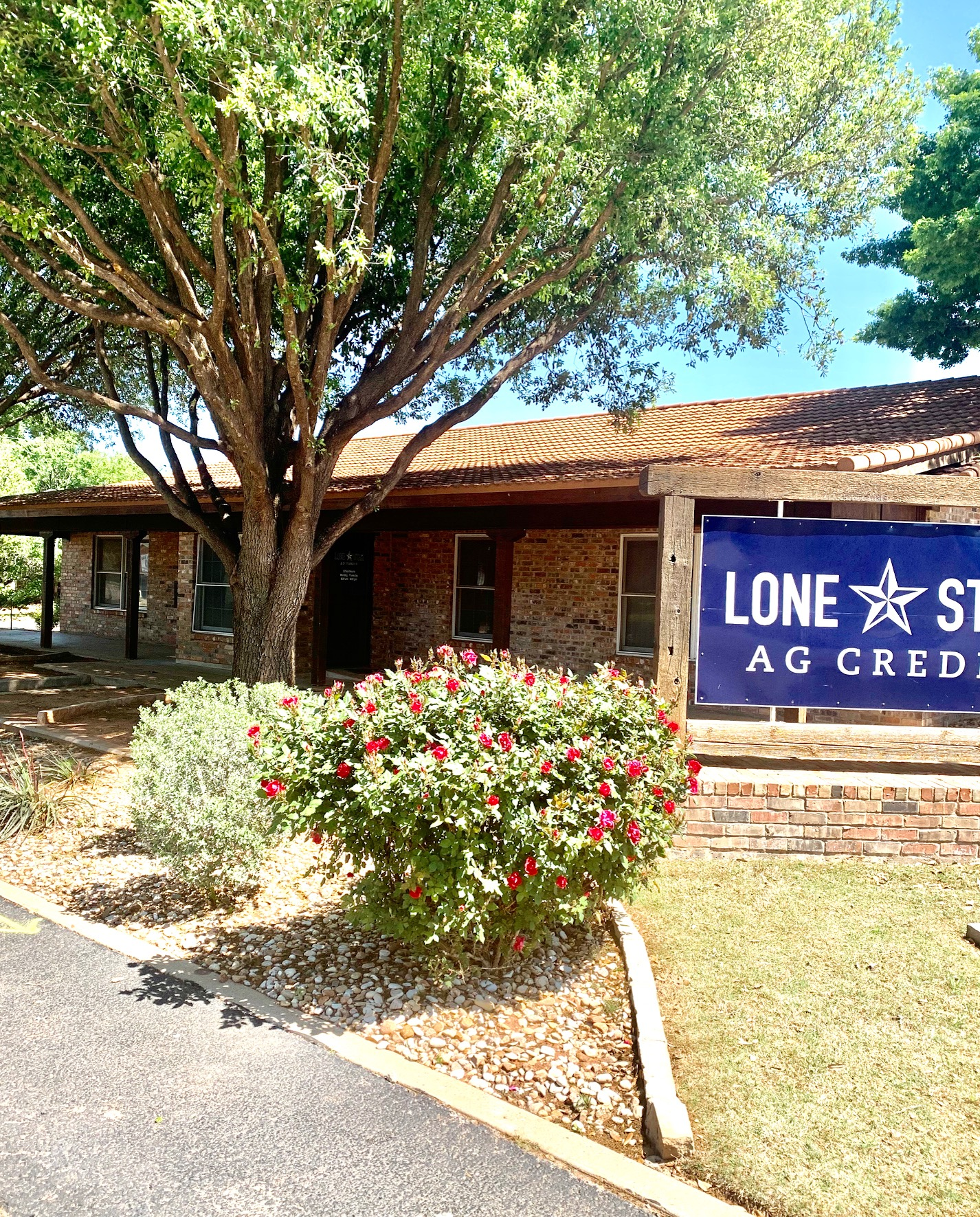 Lone Star Ag Credit branch office building in Sweetwater.
