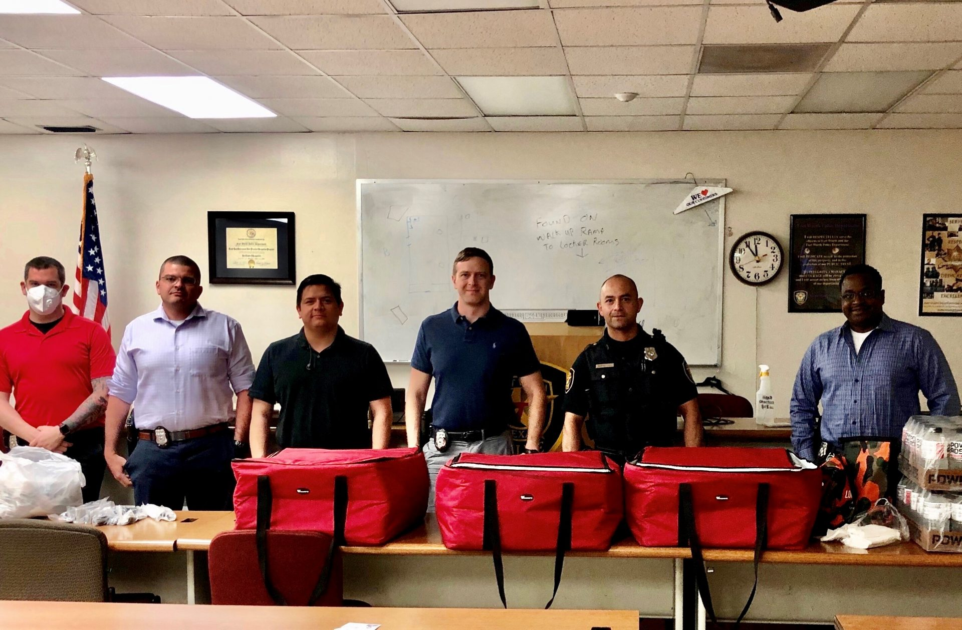 Lone Star Ag Credit providing meals for the Fort Worth Police Department Central Office.