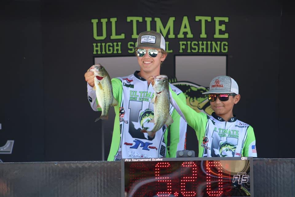 Winners at the Ultimate High School Fishing Tournament at Lake Bob Sandlin